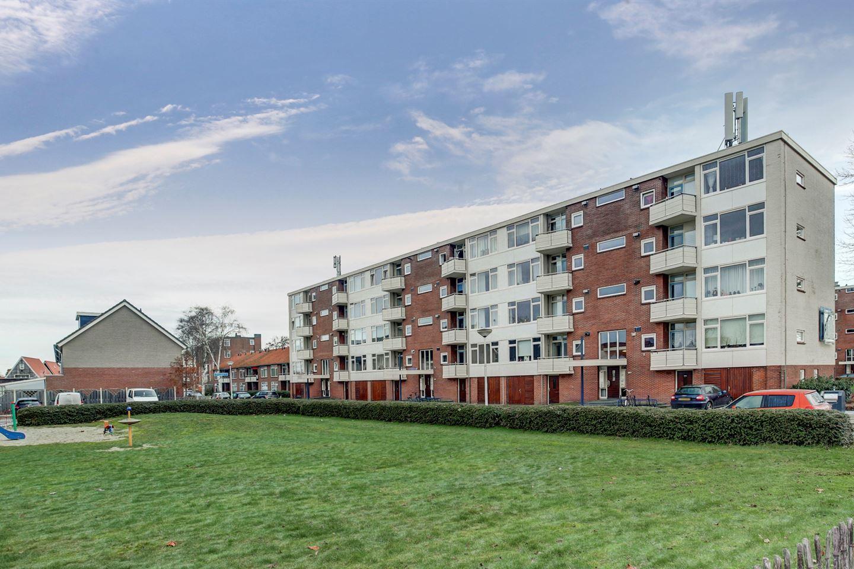 Bekijk foto 1 van Jacob van Ruysdaelstraat 86