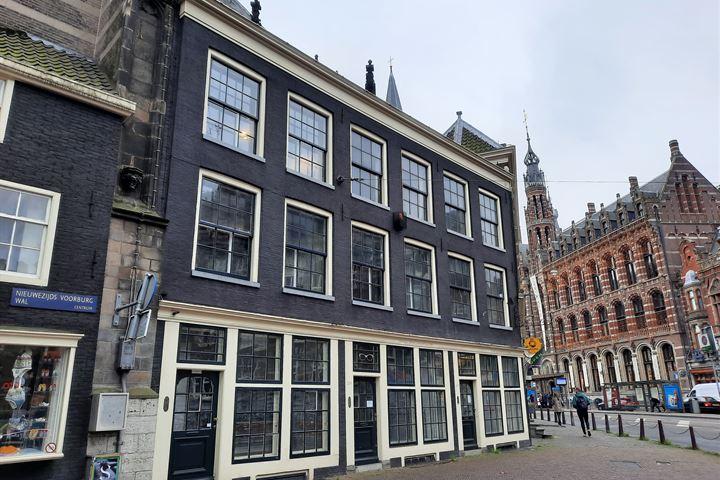 Nieuwezijds Voorburgwal 127