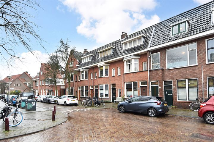 Van Bossestraat 82