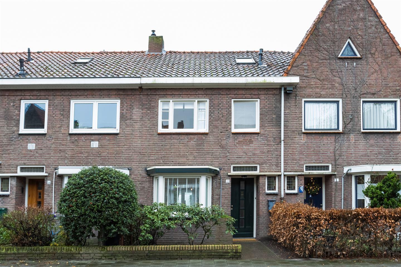 Bekijk foto 1 van Sparrenstraat 18