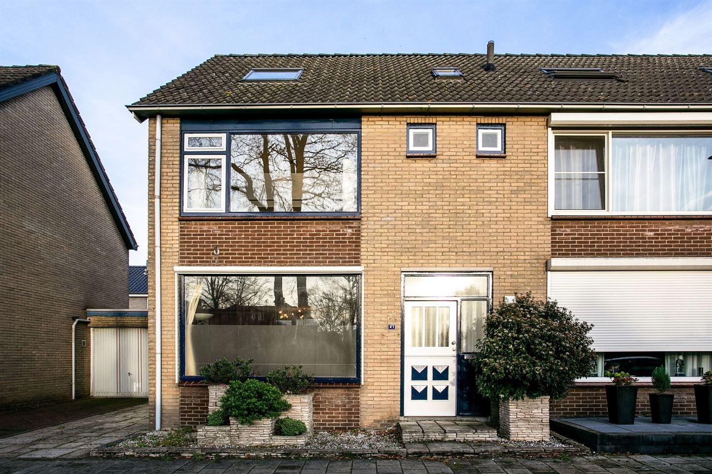 Bekijk foto 1 van Mgr Frenckenstraat 21