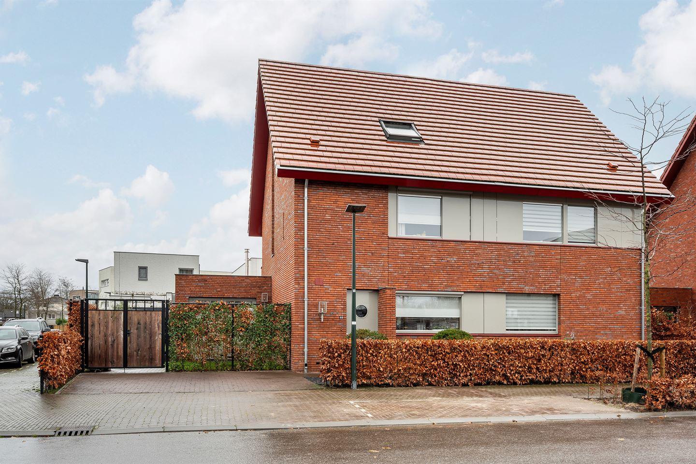Bekijk foto 1 van Wim van Baaststraat 44