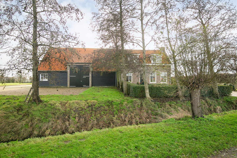 View photo 2 of Buurtweg 14