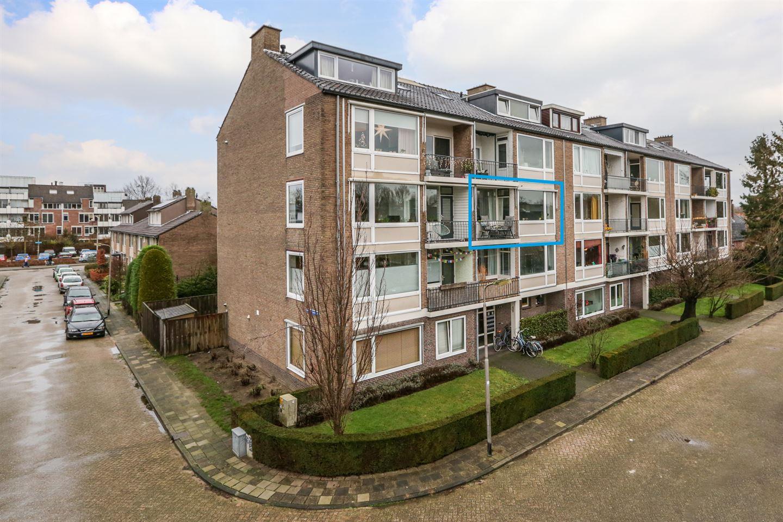 Bekijk foto 2 van Alphons Diepenbrockstraat 9 c