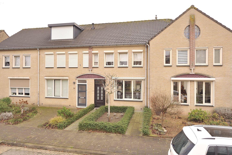 Bekijk foto 2 van Wethouder Lommenstraat 22