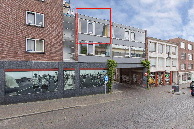Bekijk foto 1 van Ir J.P. van Muijlwijkstraat 88