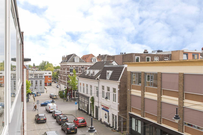 Bekijk foto 2 van Ir J.P. van Muijlwijkstraat 88