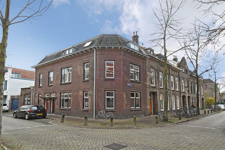 Prins Hendrikstraat 44