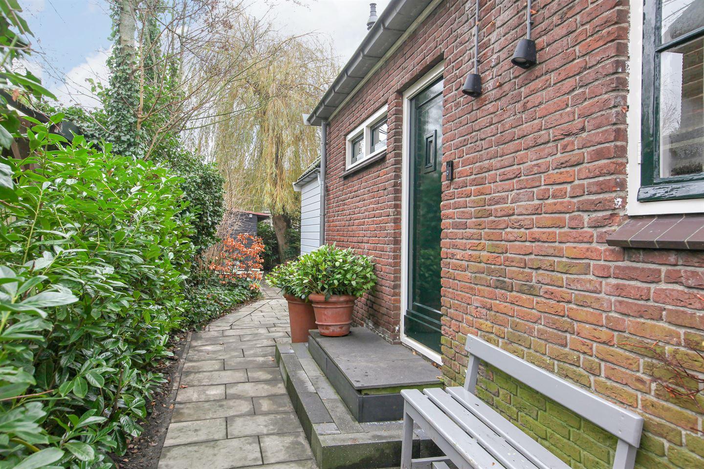 Bekijk foto 2 van Cornelis Roelestraat 6