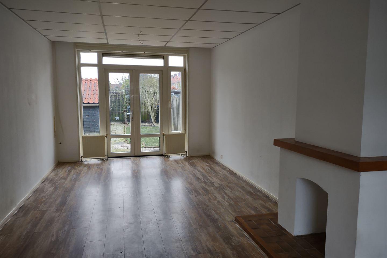 Bekijk foto 3 van Amalia van Solmsstraat 24