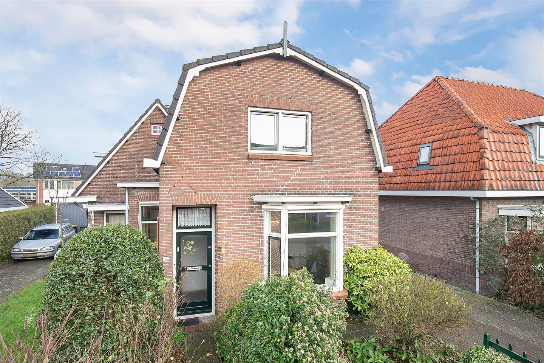 Bekijk foto 1 van Rhebruggenstraat 10
