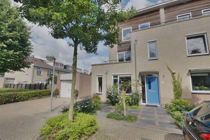 Leonard Roggeveenstraat 12