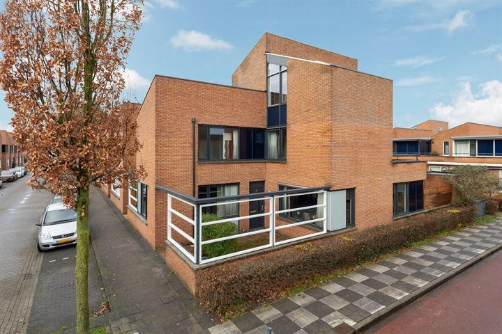 Jan Bijhouwerstraat 13