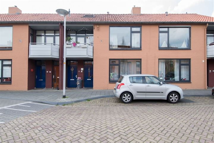 Clematisstraat 17