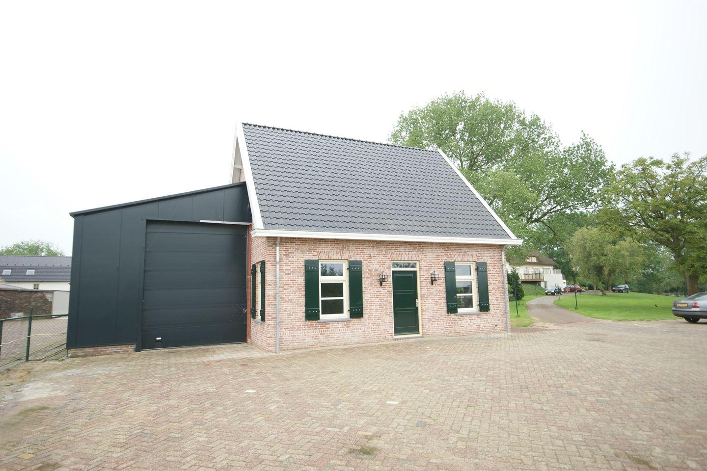 Bekijk foto 2 van Maasdijk 65 a