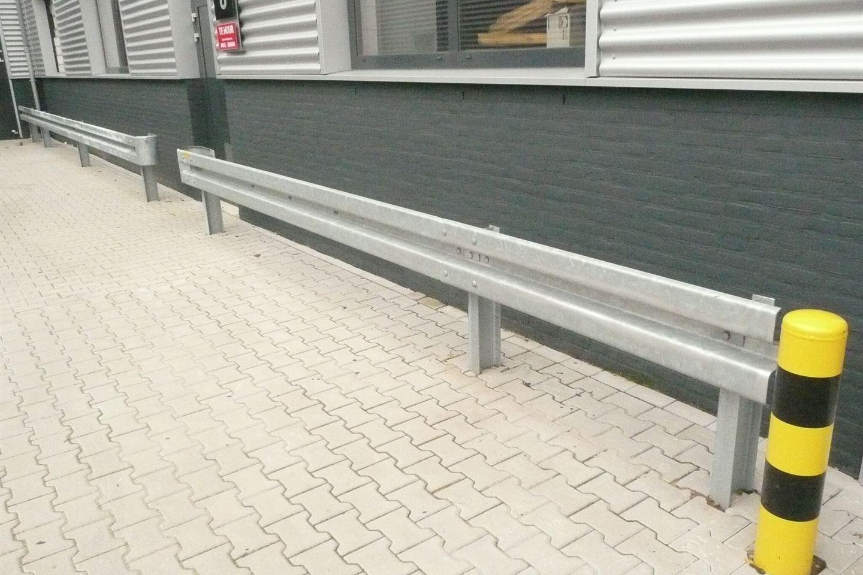 Bekijk foto 2 van Fabrieksstraat 8 a