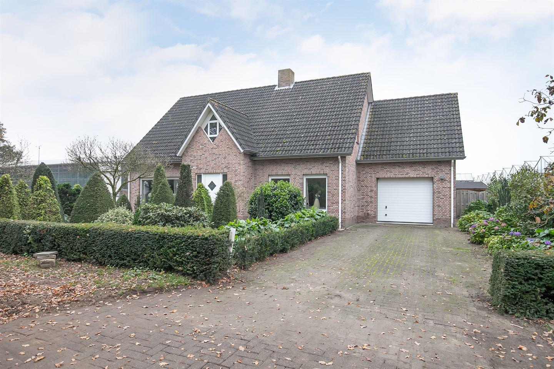 View photo 3 of Schriekenweg 6