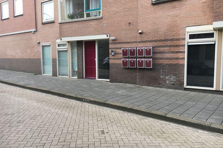 Kerkstraat 6
