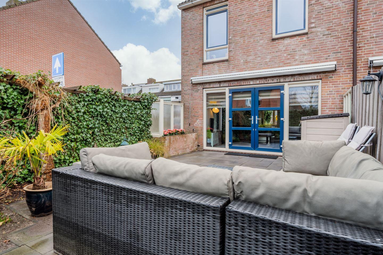 View photo 5 of Burgemeester van 't Woutlaan 19