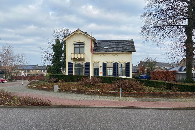 Bekijk foto 1 van Oranjestraat 40