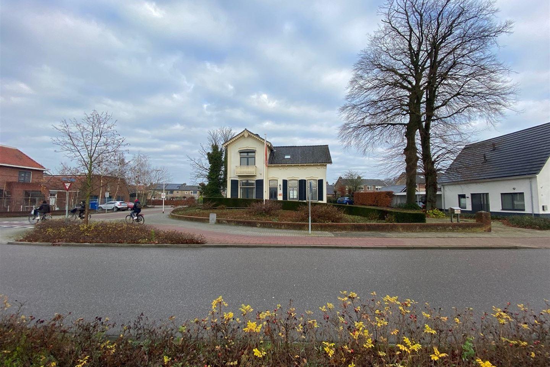 Bekijk foto 2 van Oranjestraat 40