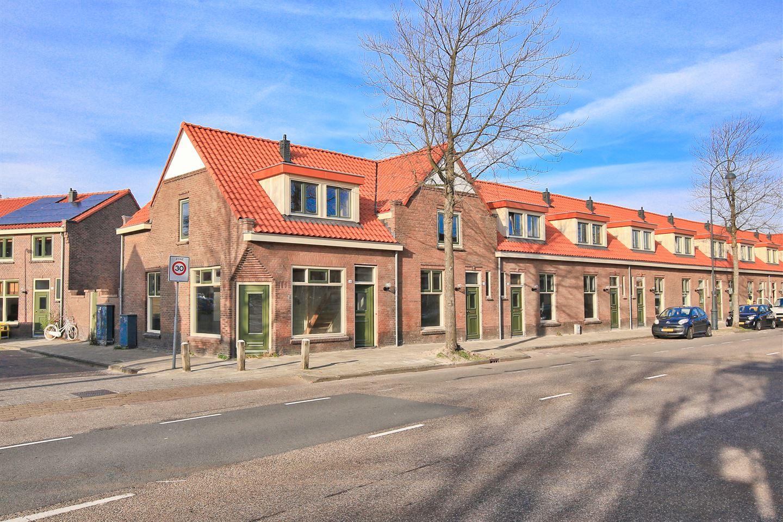 Bekijk foto 2 van Kruistochtstraat 52