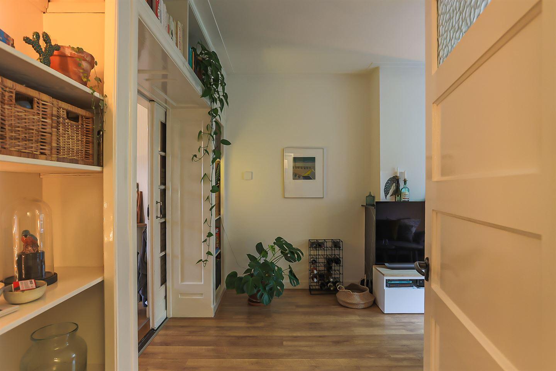 Bekijk foto 3 van Van Swinderenstraat 38