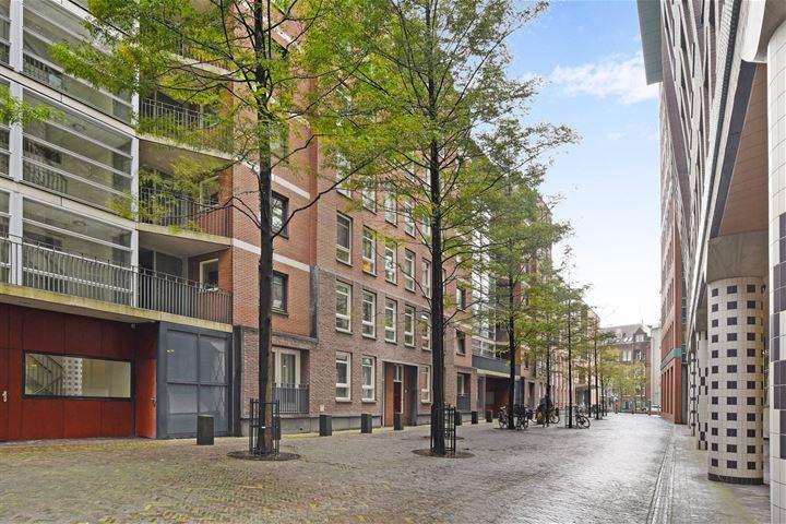 Muzenstraat 106