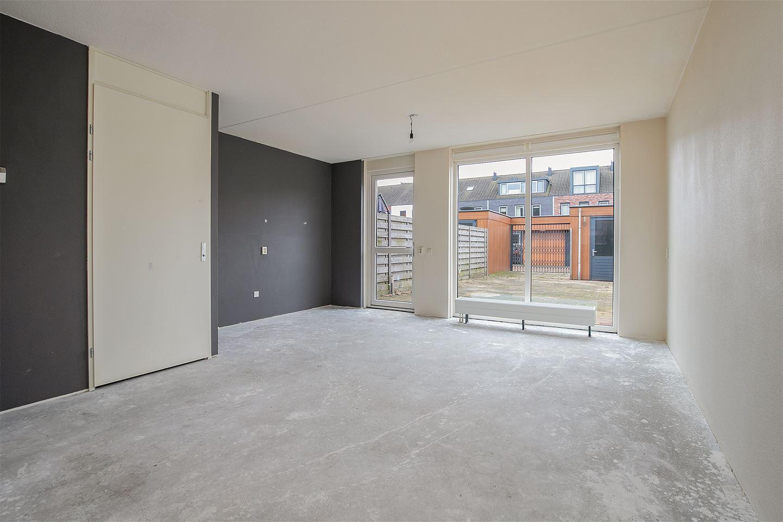 Bekijk foto 2 van Van Marsbergenstraat 71