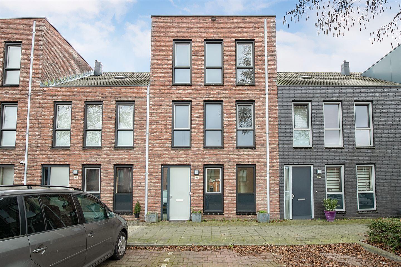 Bekijk foto 1 van Van Marsbergenstraat 71