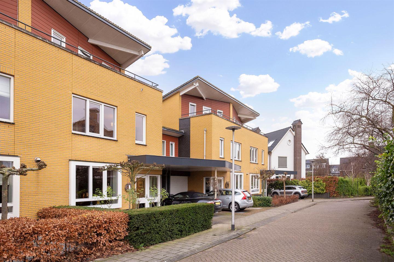 Bekijk foto 4 van Willem Barthoenstraat 5
