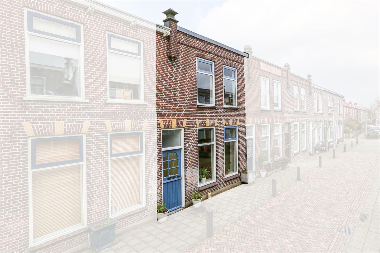 Bekijk foto 2 van van der Veldstraat 41