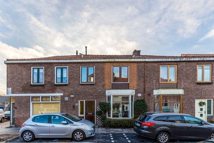 Veeringstraat 52