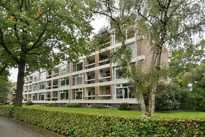 Nieuwe 's-Gravelandseweg 46