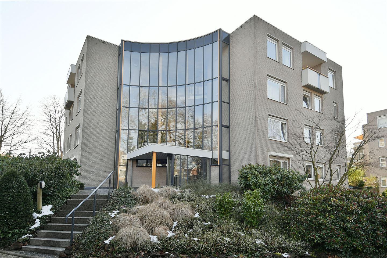 Bekijk foto 1 van Oranjehof 11