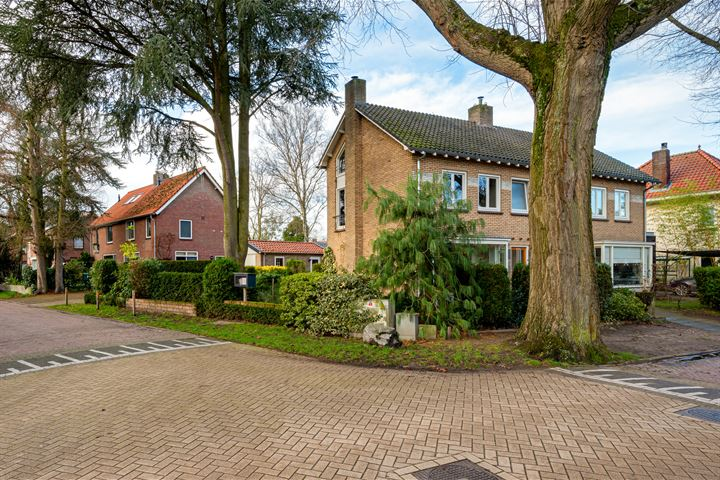 Burgemeester Uijenstraat 34