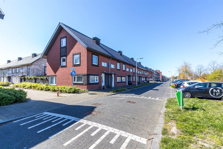 Bekijk foto 1 van Leeuwenhorststraat 29