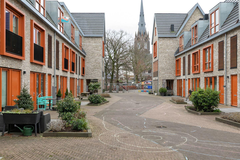 Bekijk foto 2 van Het Buitenhof 37
