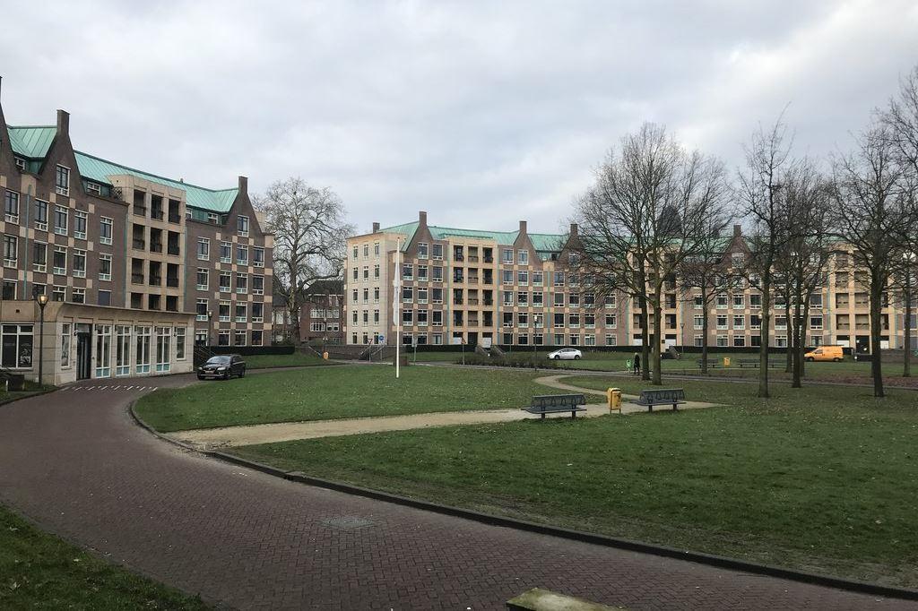 Bekijk foto 2 van Frans Joseph van Thielpark 112