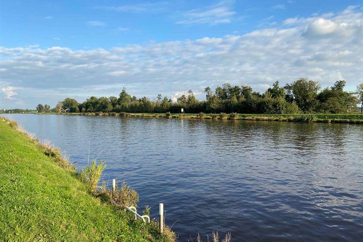 Bij de Sluis - Eemskanaal-Noorzijde