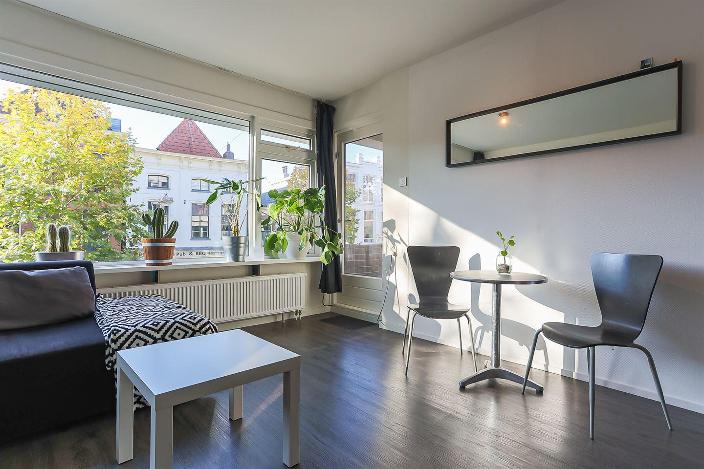 View photo 3 of Oosterstraat 66