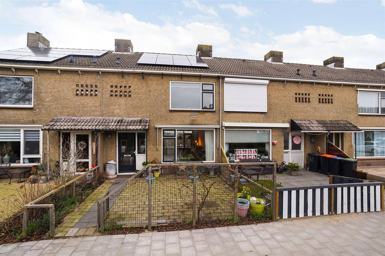 Bekijk foto 1 van Rozenstraat 18