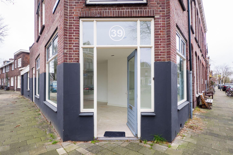Bekijk foto 3 van Van Humboldtstraat 39