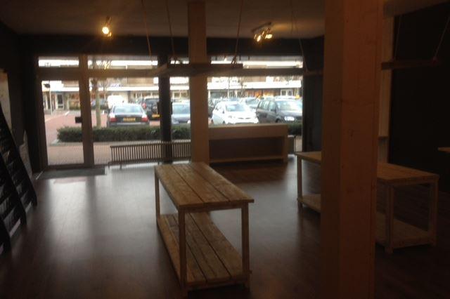 Bekijk foto 5 van Raadhuisplein 10