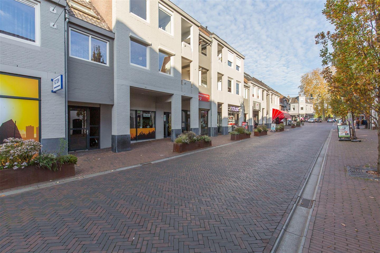 Bekijk foto 3 van Molenpoortstraat 36