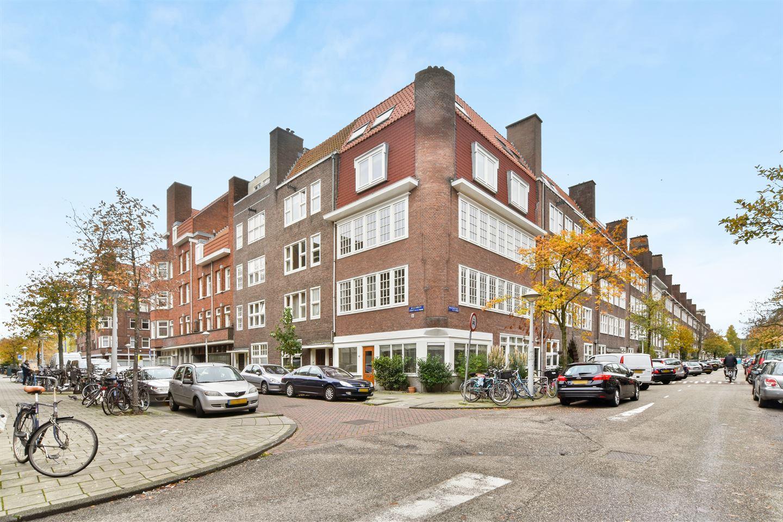 Bekijk foto 1 van Warmondstraat 145 -III