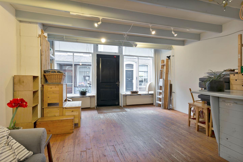Bekijk foto 3 van Nauwstraat 8