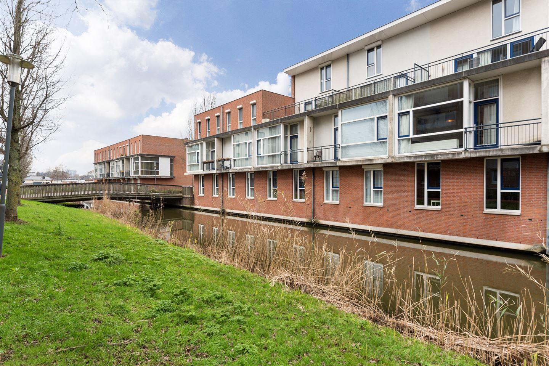 View photo 2 of Linnaeushof 33