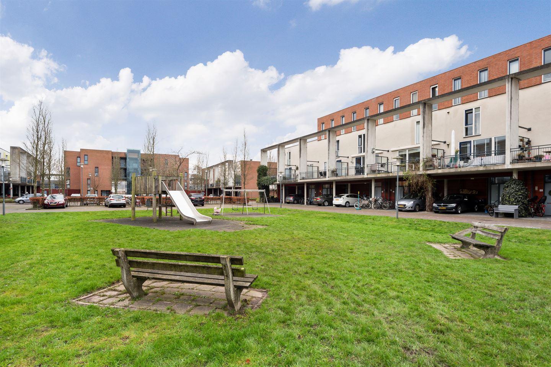 View photo 3 of Linnaeushof 33