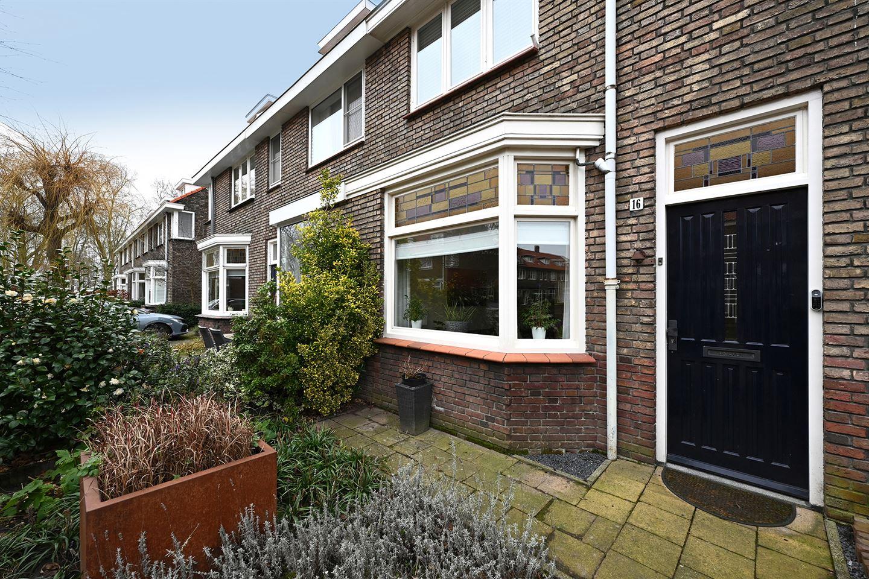Bekijk foto 1 van Daendelsstraat 16